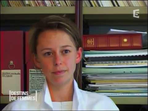 Adrienne, premiers pas aux urgences