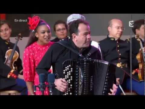 Richard Galliano joue 'La Valse A Margaux' et 'Fou rire'