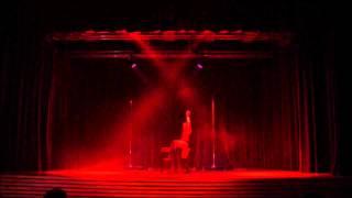 Solo Chair  Dance Anaïs M.