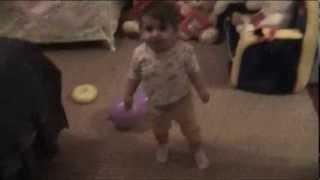Доче 11 месяцев танцует под Armenchik feat. Francesca Ramirez Kiss Me
