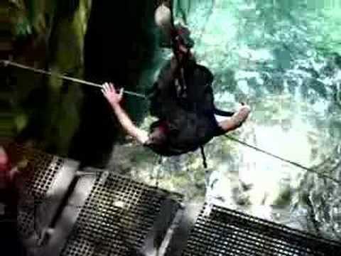 Cable Drop - Costa Rica MTrek 2007