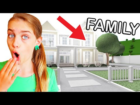 BEST FAMILY HOUSE WINS *judging* Bloxburg Roblox Gaming w/ The Norris Nuts