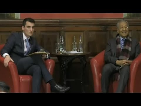 Dialogue session with Dr M at Oxford Union