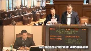 Poslanci si dělají srandu z Míly Roznera /SPD/