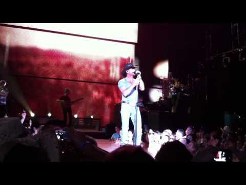 Hard Rock Pavilion: Tim McGraw - Red Ragtop