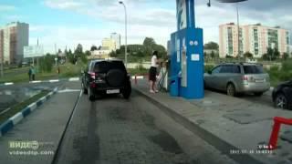 видео Вызвать заправка кондиционера авто