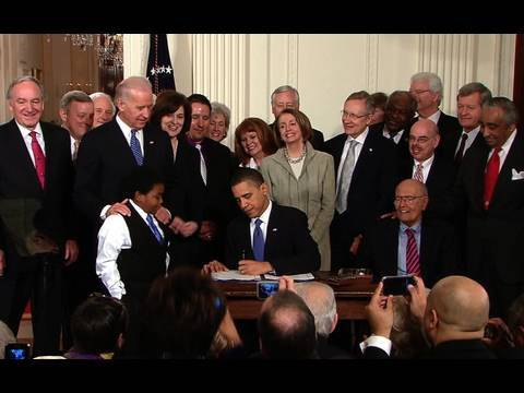 President Obama Signs Health Reform Into Law - YouTube
