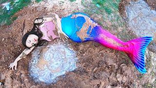Hay una Sirena en el Patio de mi Casa | I found a Mermaid