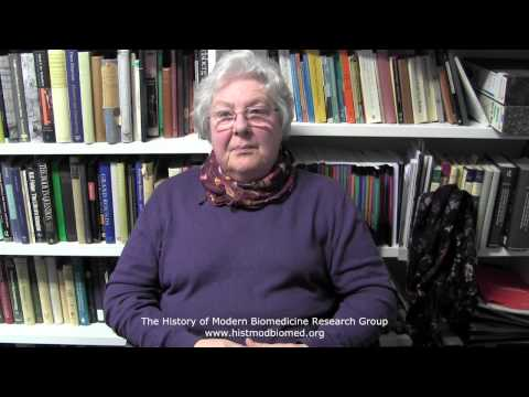 Arendt, Josephine - 05 British Antarctic Survey - light experiments