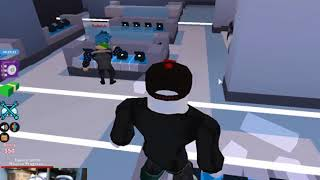 ROBLOX JAILBREAK-I ROBBED MY FIRST JAWLREY STORE!!!!!