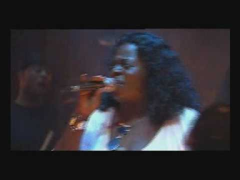 Angie Stone - Wish I Didn't Miss You (Live)