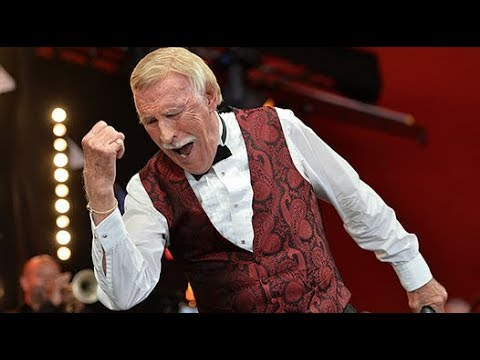 A look back at Bruce Forsyth\'s career