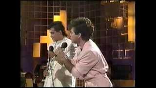 LARA y MONARREZ - 1977 - OTI 1987 NACIONAL - MEXICO