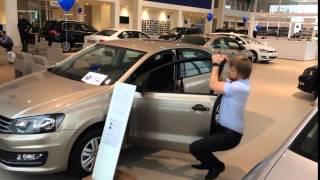 Volkswagen Polo Официальный дилер ЮГРАНД Авто(, 2015-11-27T11:17:27.000Z)
