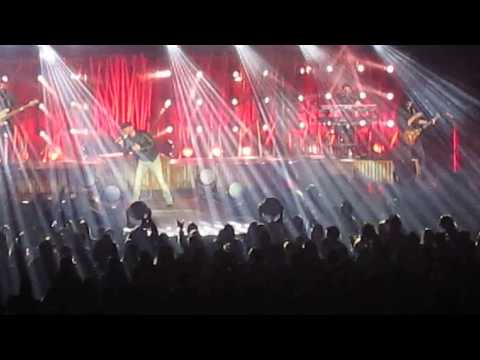 Cole Swindell - Medley (Get Me Some Of That, Rollercoaster, This is how we roll) 02-06-2017