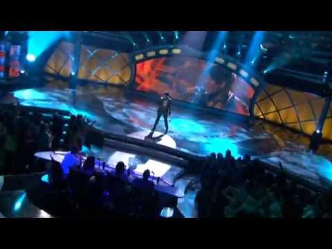 Adam Lambert - Cryin'  (American Idol Top 3 Performance)