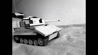Танк Е-75 з лего (кадри руху)