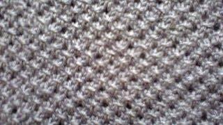 Вязание на спицах (узор сеточка).  Knitting (mesh pattern).