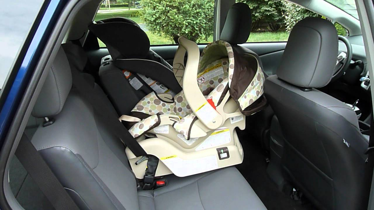 toyota prius v carseats youtube. Black Bedroom Furniture Sets. Home Design Ideas