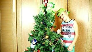 НОВЫЙ ГОД на канале Дети и Родители! Наряжаем Новогоднюю елку и открываем КИНДЕР СЮРПРИЗ.(, 2015-12-18T02:30:01.000Z)