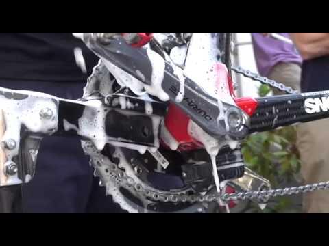 BMC Bike Wash - Tour de France - Bicycling Magazine