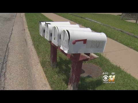 Crooks Stealing Credit Cards From Mailboxes