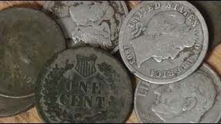 Yet Another Courthouse Produces Old Coins and Silver! Metal Detecting the Midwest!
