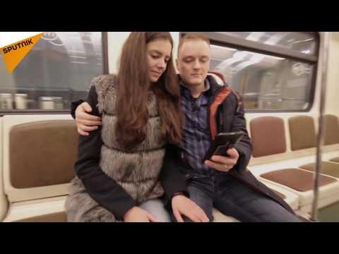 Moscow Metro #MannequinChallenge