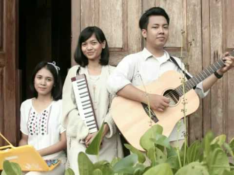 Djitoeng & Lusi Bermimpi - Chick And Soup