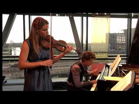 Rosanne Philippens Yuri van Nieuwkerk - Maurice Ravel: sonata for violin and piano - Blues