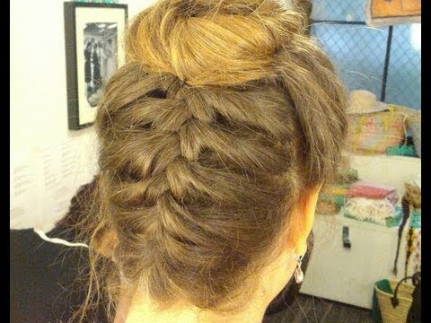 Tresse Upside Down et bun