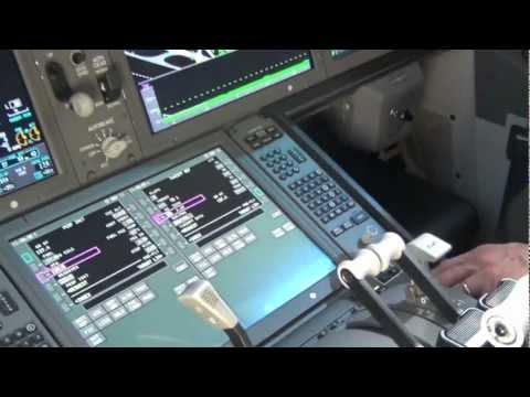 Boeing 787 Dreamliner cockpit and cabin tour Dubai Airshow 2011 HD