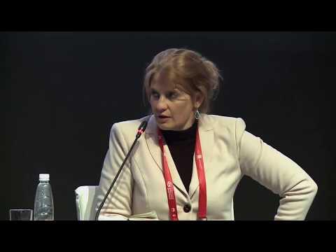 Смотреть Дискуссия Касперской и Чубайса | Цифровой форум 2018 Санкт-Петербург онлайн
