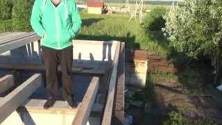 Армопояс и установка деревянных балок перекрытия дома из пеноблока.(, 2015-06-18T08:52:23.000Z)