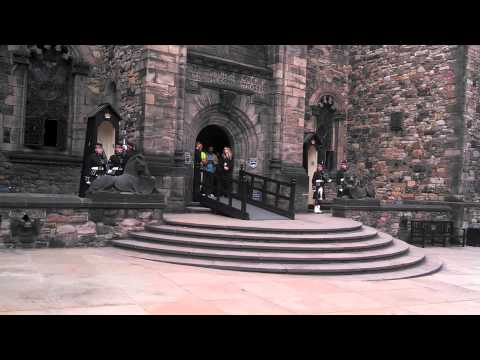 Changing of Guard, Edinburgh Castle Mishap