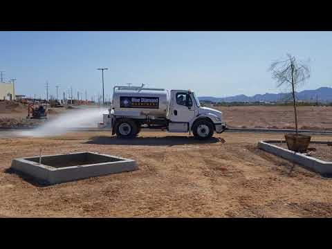 2,000 Gallon Water Truck