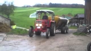 IHC 533 anfahren mit 6000 Liter Güllefass