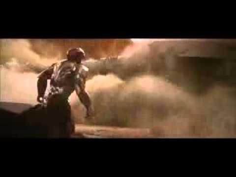 Iron Man 3 Malibu Mansion attack - Pepper and Maya