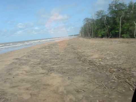 Sobrevoo na costa da Guyana Inglesa