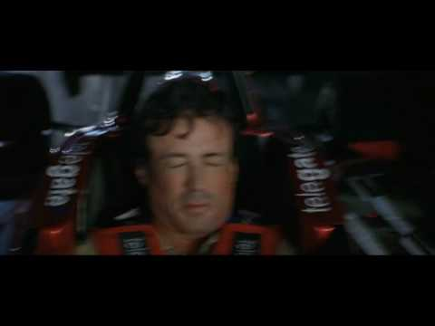 DRIVEN 2001  The infamous race through Chicago between Stallone and Pardue