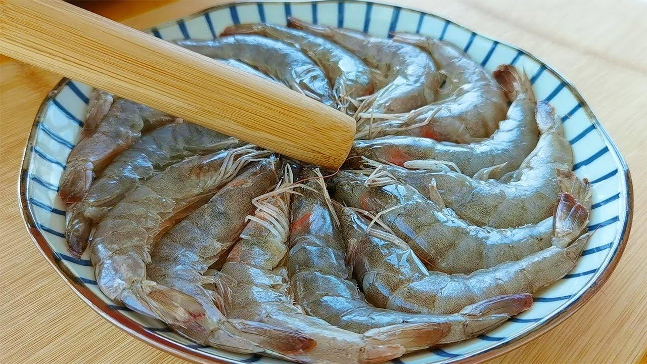 【小穎美食】蒜蓉大蝦到底怎麼做好吃?下鍋順序很重要,好多人都做錯了