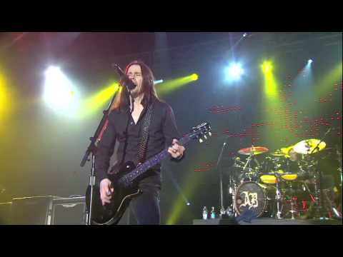 Alter Bridge - Isolation (Live at Wembley) Full HD