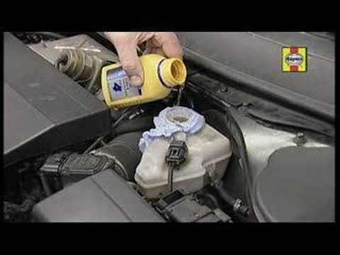 Top Up Your Car S Brake Fluid Youtube