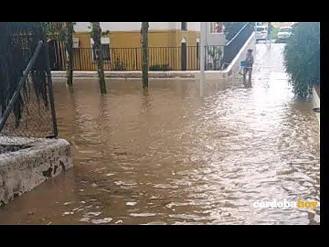 Varias zonas de Córdoba se anegan tras la tormenta de granizo