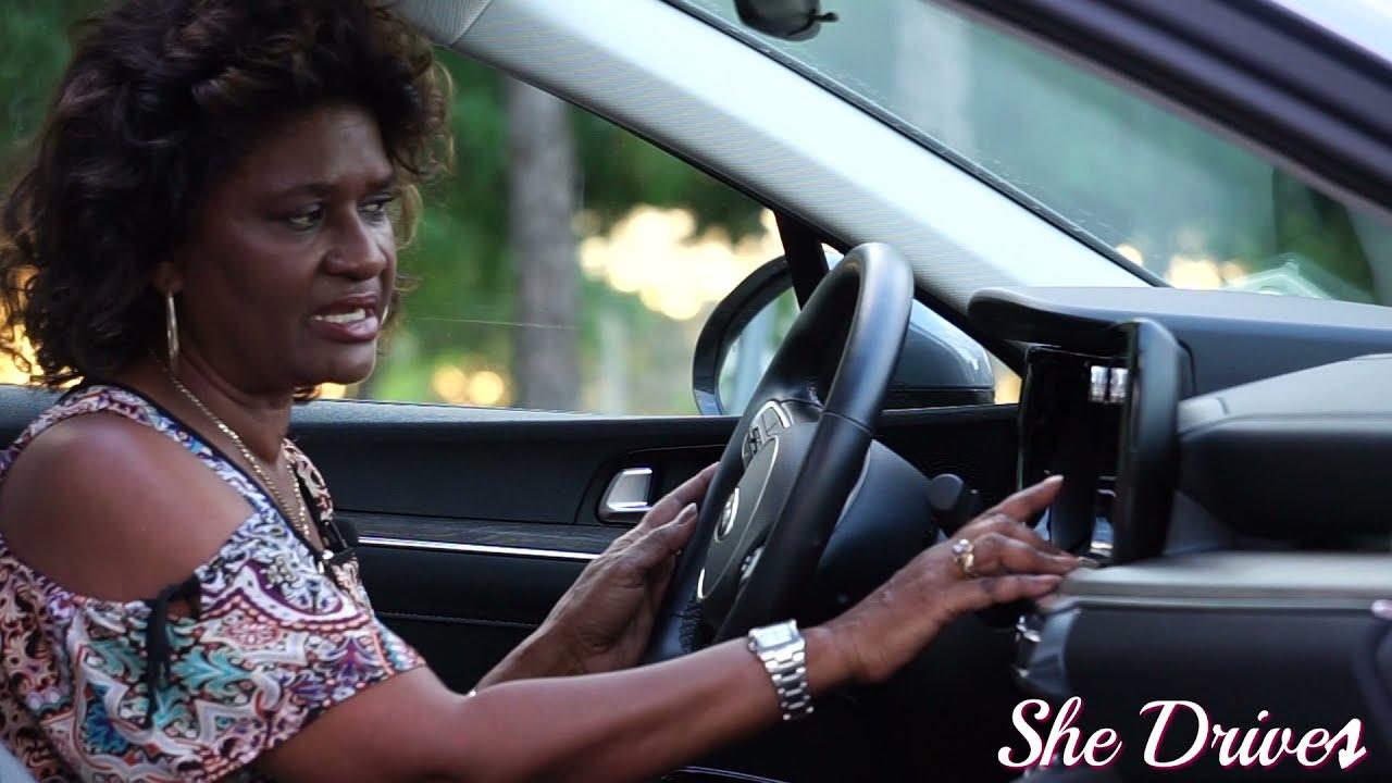 AutoFocus World - She Drive: Kia K5 EX