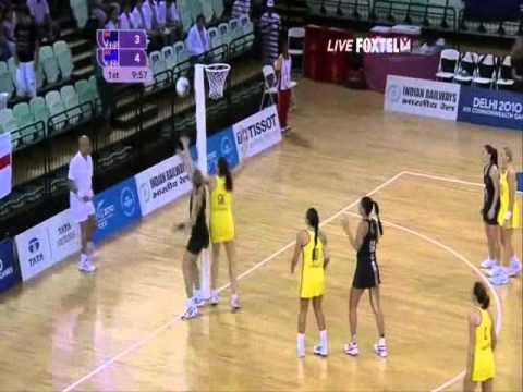 1st Quarter Commonwealth Netball Final - Delhi 2010