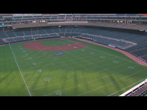 Target Field Preps For Tommie-Johnnie Game