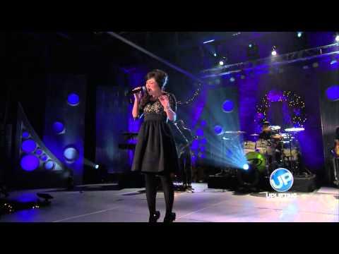 """Kari Jobe Performs """"O Holy Night"""""""