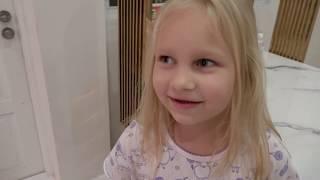 Алиса рассказывает про животных и насекомых в нашем доме !