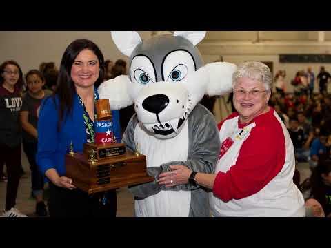 De Zavala Middle School - Wins Can Do Food Drive Trophy